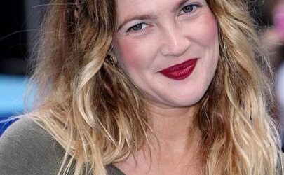 "Actress Drew Barrymore attends the World film premiere of 'Going The Distance' at the Vue, Leicester Square on August 19, 2010 in London, England. ""Going The Distance"" World Premiere - Inside Arrivals The Vue London, England United Kingdom August 19, 2010 Photo by Jon Furniss/WireImage.com  To license this image (61344474), contact WireImage.com"