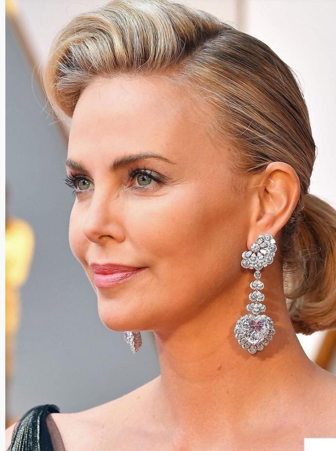 How Toeek Oscars Hair 2017 Tori Keane